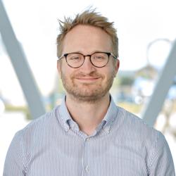 Simon Overballe–Nielsen