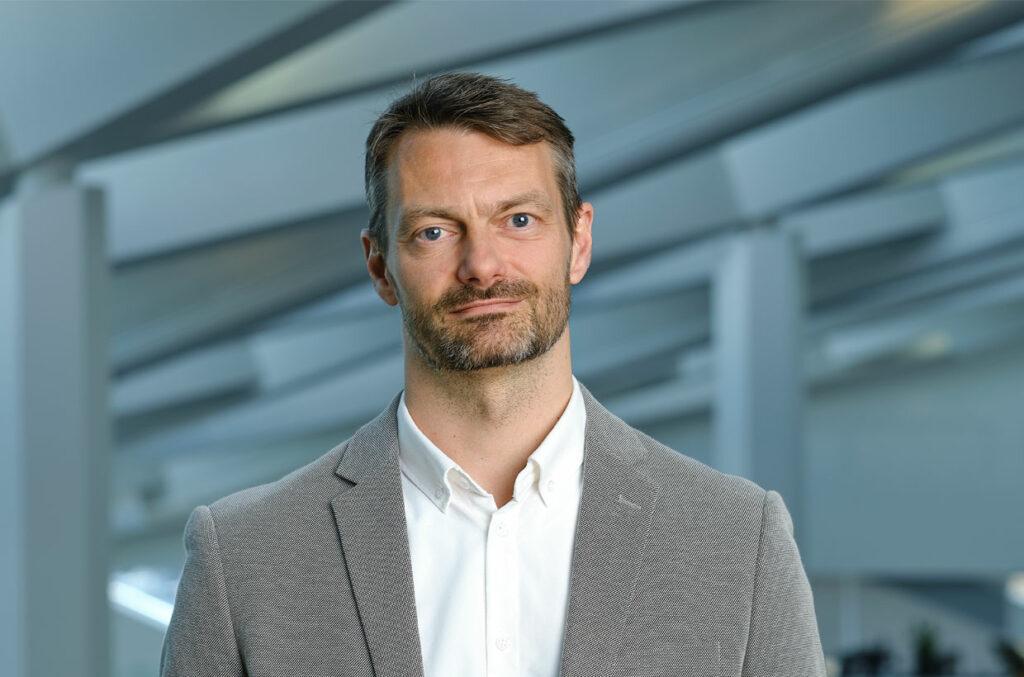 Bjarne Jacobsen, Kommunikationschef